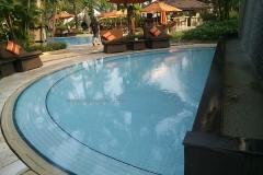 kolam-renang-hotel-shangri-la