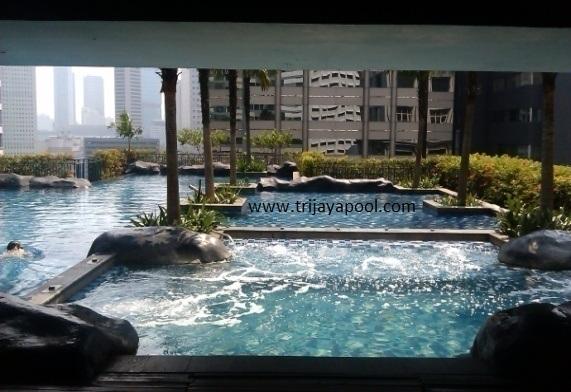 kolam renang SAHID SUDIRMAN RESIDENCE