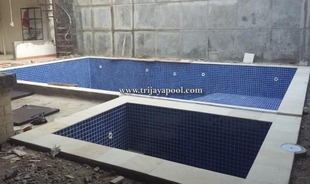Kontraktor  kolam renang jati bening