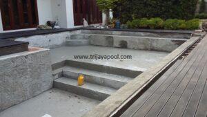 kolam renang Junaidi Saraswati 1